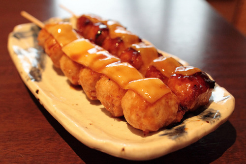 huynhthuyvy:  Tsukune no Kushi Yaki by Spice ♥ Darling on Flickr.