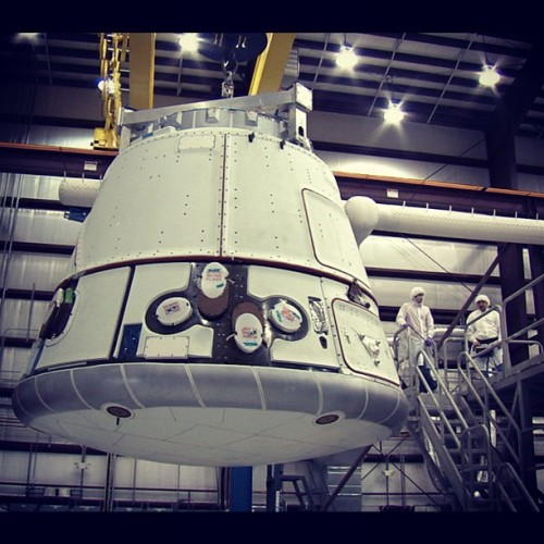 Miles O'Brien:  #dragon capsule at the @spacex factory. Watch @pbsnewshour tonight for my piece on @elonmusk and his revolutionary #falcon