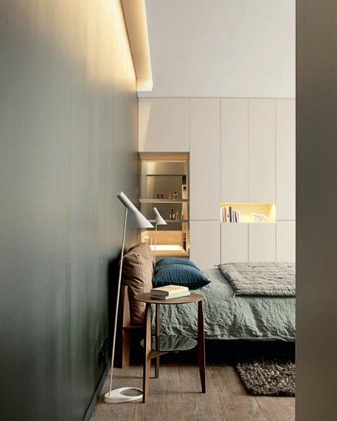 Source: Marie Claire Maison Muted & masculine. Love the floor lamps. They are of course by Arne Jacobsen and you can find them here.