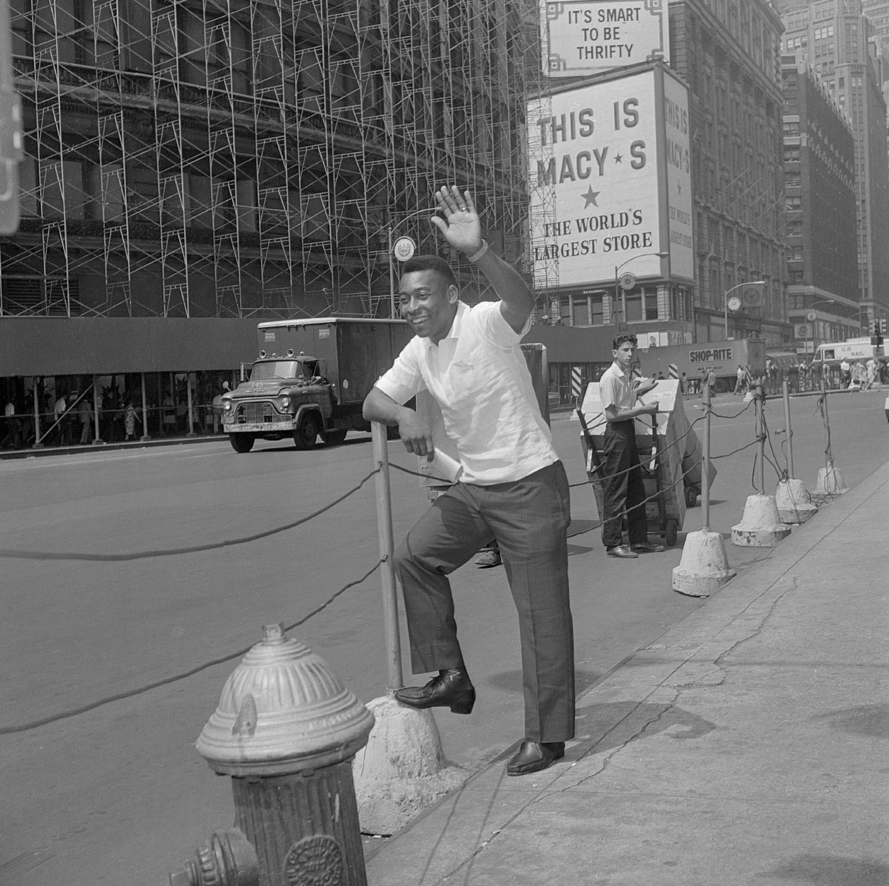 interleaning:  Pele in Manhattan, 1966.