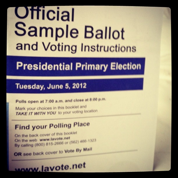 hellogiggles:  Are you registered to vote? (Taken with instagram)  Thank you for the reminder, hellogiggles friends!