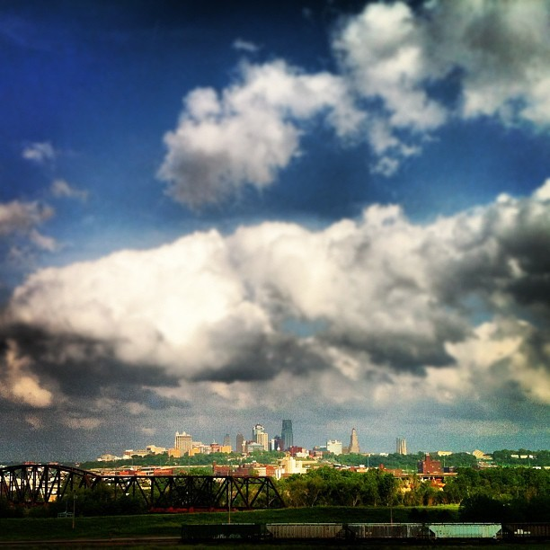 #kansascity #skyline (Taken with Instagram at Strawberry Hill)