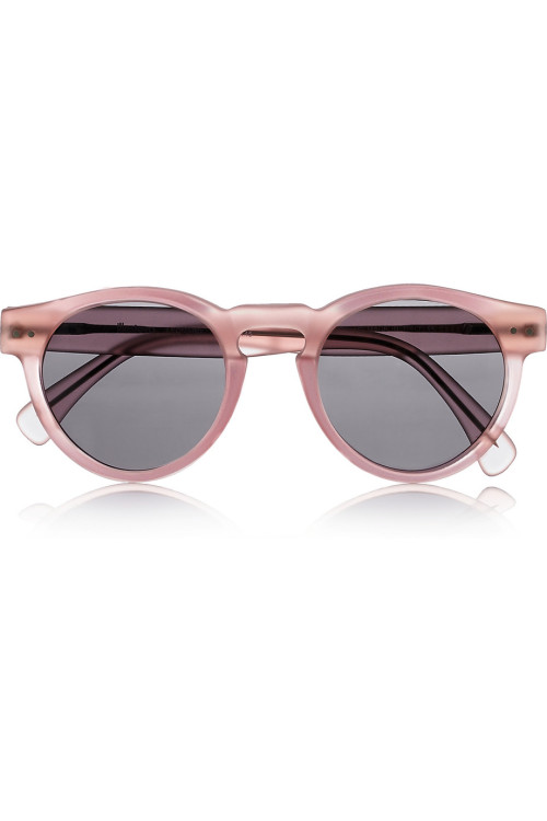 How perfect are these matte pink acetate sunnies!