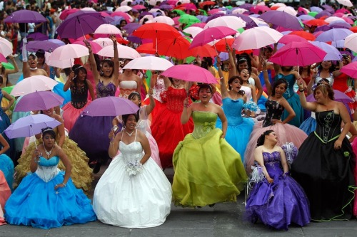 fridaphile:  (via PhotoBlog - Mass Quinceanera thrown in Mexico City)