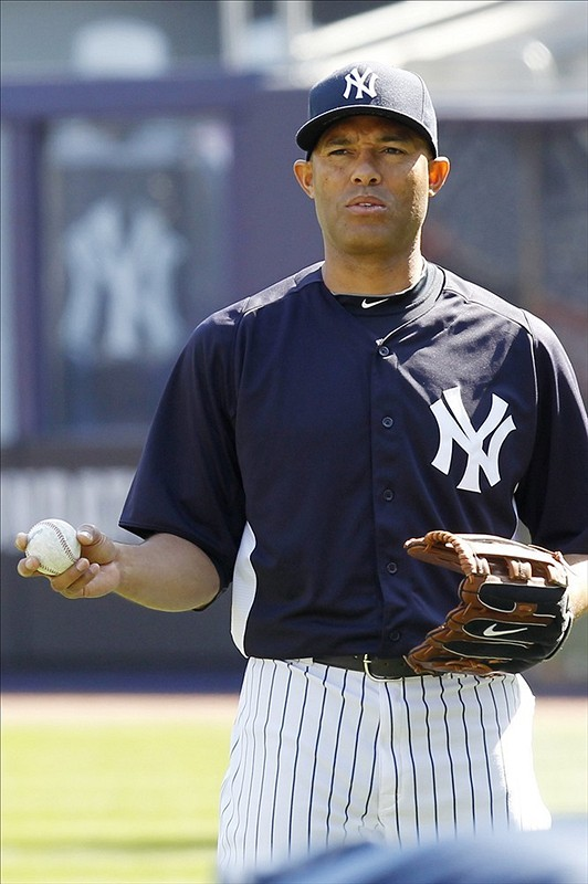 Horrible news for the Yankees: Closer Mariano Rivera appears to have a torn ACL, according to manager Joe Girardi.