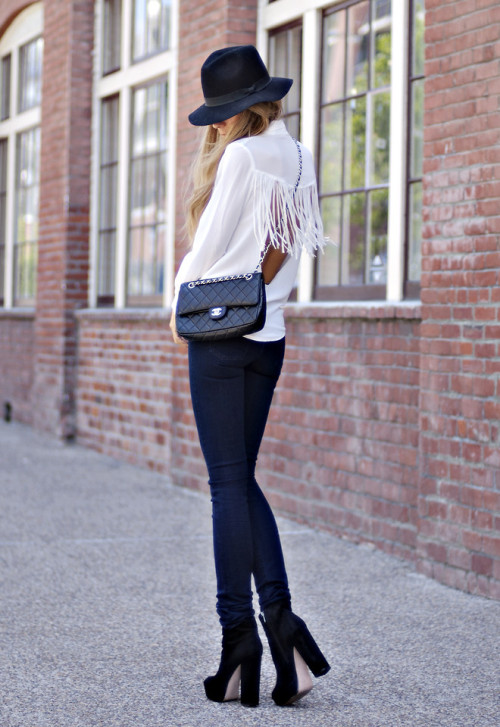 lookbookdotnu:  12-05-03 (by Jennifer Grace)