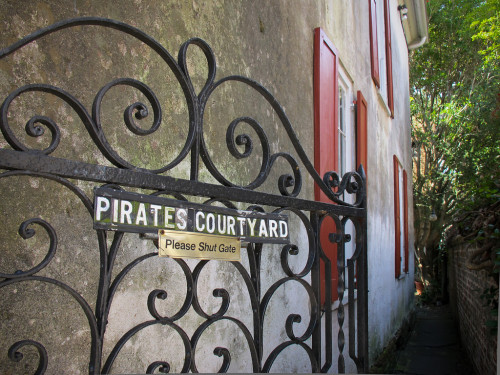 Pirate's Courtyard, Charleston | CDP