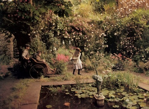 "busyynothinggs:  ""Nobody ill could scream like that!"" The Secret Garden (1993)"