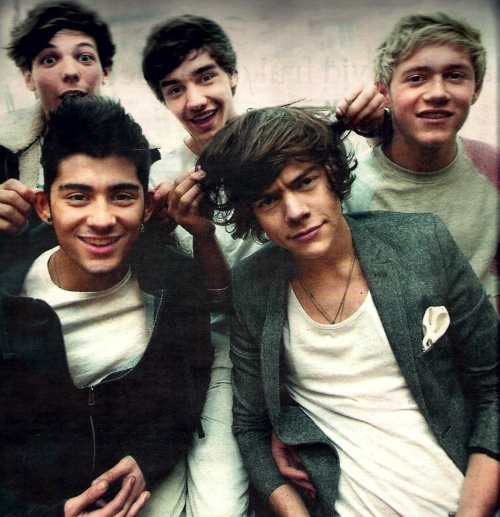 Vas Happenin' with the hotties!