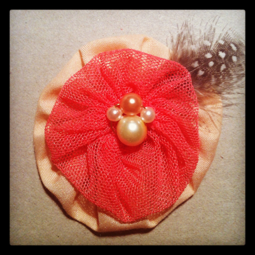 "Peachy tulle hairclip 2"" with pearls and feather detail ($15)"