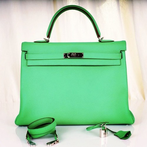 #hermes #fashiondiaries #fashion #popular #swag #birkin #handbag #Style #mint #kelly (Taken with instagram)