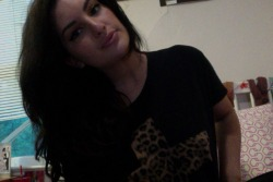 still gonna rock my leopard cross tee thoughhhh