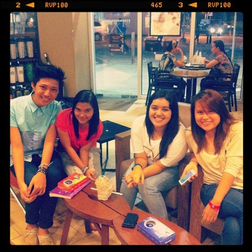 :) (Taken with Instagram at Starbucks Coffee SM Davao Annex)
