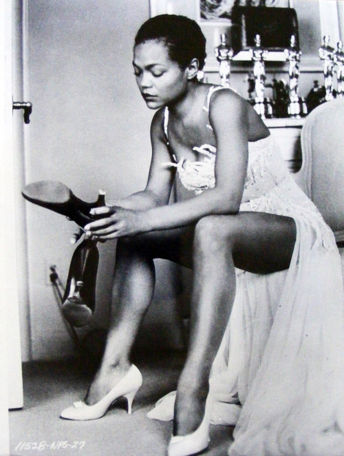 vintagegal:  vintagegal:  Eartha Kitt (1958)  Re-blogging my original post