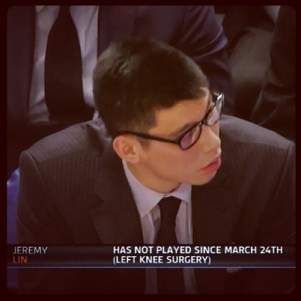 Linsanity doing his best Clark Kent impersonation. -@mikeyodwyer