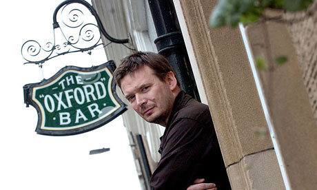 Ian Rankin created the Rebus series set in Edinburgh. This is The Oxford Bar where his character, Detective Inspector John Rebus drinks.