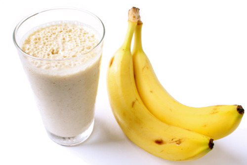 health-heaven:  Peanut Butter, Banana, and Flax Smoothies1/2 cup 1% low-fat milk 1/2 cup vanilla fat-free yogurt2 tablespoons ground golden flaxseed1 tablespoon creamy peanut butter 1 teaspoon honey1/4 teaspoon vanilla extract1 ripe banana, slicedPlace all ingredients in a blender; process until smooth.Calories: 229