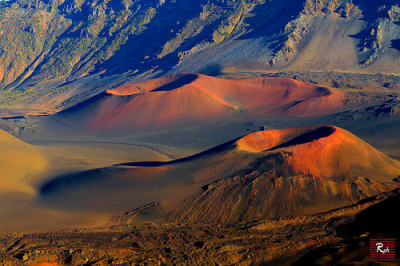 Volcanic Crater at Haleakala National Park | Maui, Hawaii© www.35mmNegative.com