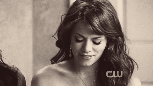 othcaps-:  One Tree Hill: 7x05 | Your Cheatin' Heart.