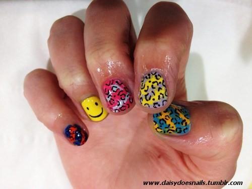 Rave nails!