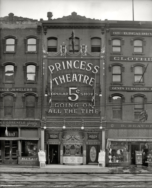 lostsplendor:  The Princess Theater, Detroit c. 1909 (via Shorpy Historical Photo Archive)