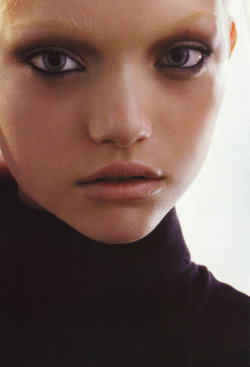 "Gemma Ward in ""The chic"" by Mario Sorrenti for Vogue Italia, October 2005"