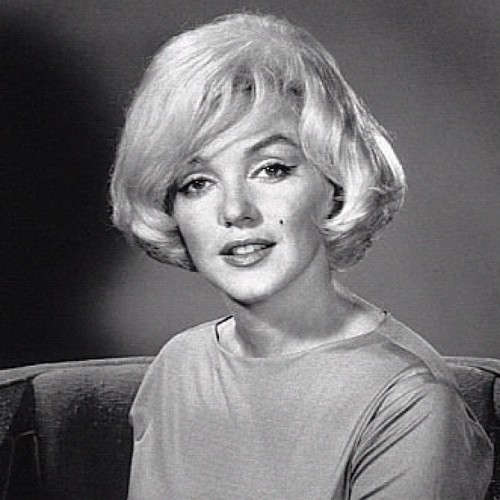 dailymonroe:  #MarilynMonroe photographed in 1961 by Eric Skipsey, Beverly Hills Hotel. (Taken with instagram)
