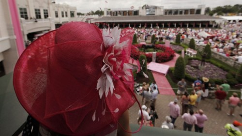 Photo of the day: fashion at Churchill Downs