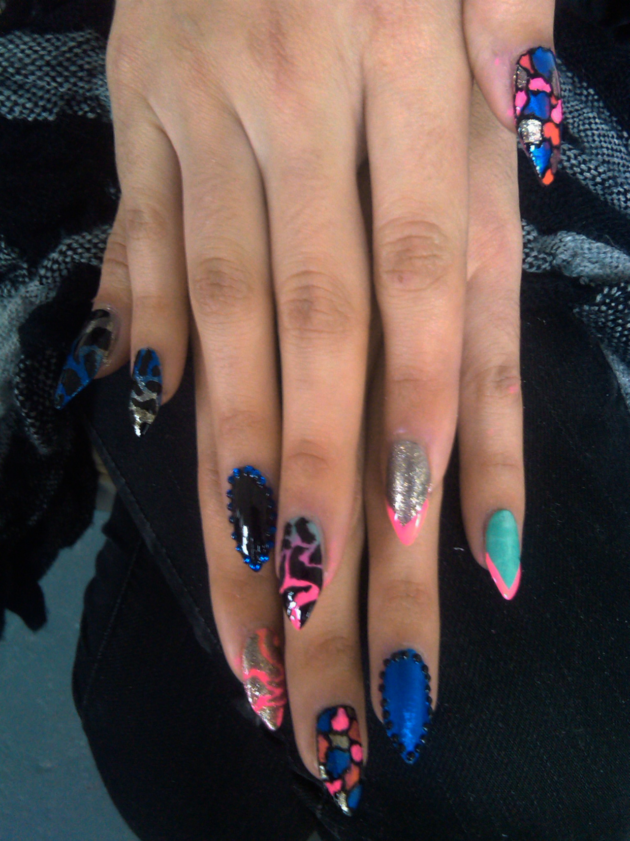 lovebangnails:  Nails for Ligature Magazine.