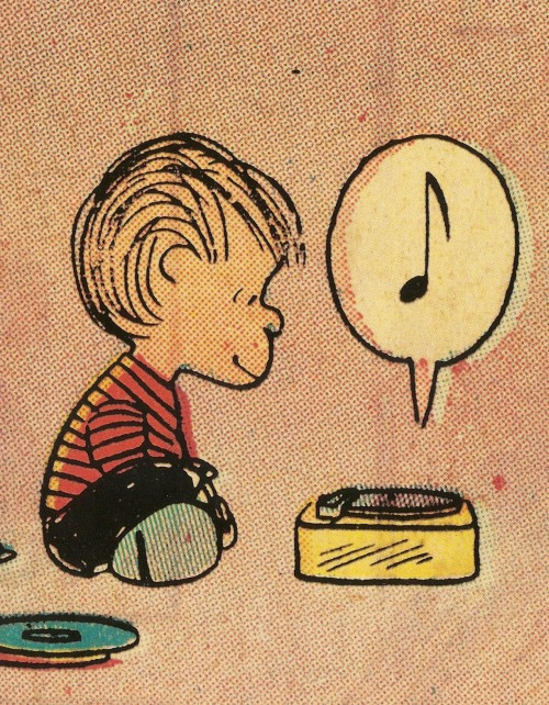 ohrochester:  Linus, spinning the black circle