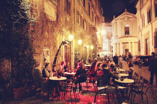 last summer, we spent hours outside caffe de la pace in rome. the city swirled around us with colors, hand motions, and beauty.