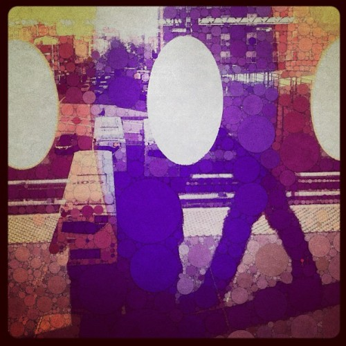 #subway #platform #window #mta #queens #nyc #percolator #app  (Taken with Instagram at MTA Subway - 7 Train)