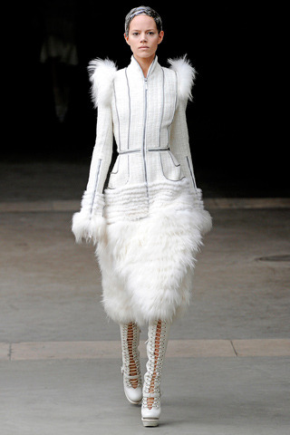 Freja Beha Erichsen || Fall 2011 Ready-to-Wear Alexander McQueen