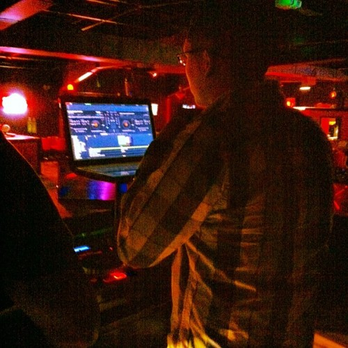 DJ Canales In The Building. #Canales #dj @javier_canales  (Taken with instagram)