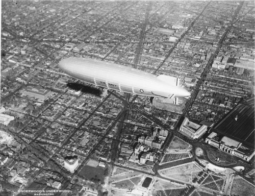USS Akron (ZRS-4) Washington, D.C. 1931