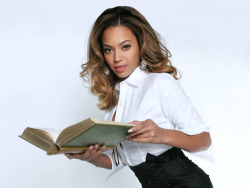BEY'S GOT BRAINS: What can't Bey do?! The ultimate entertainer will be honored May 15th at the New York's Association of Black Journalists to receive her Journalism Award…Go BEY!!!