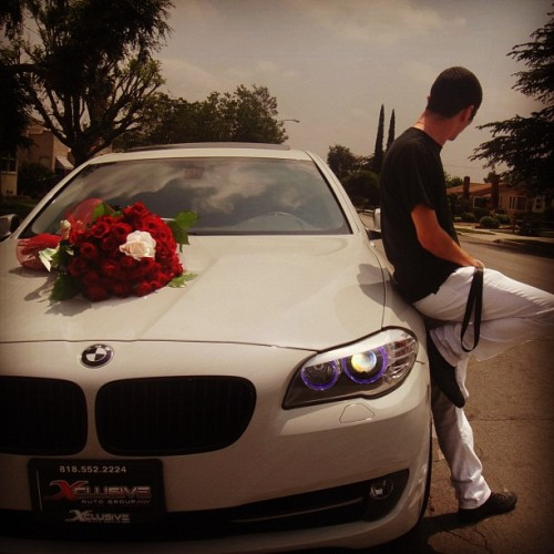 wildplayb0yy:  if this was waiting outside for me including the car , he would def get in my panties o: