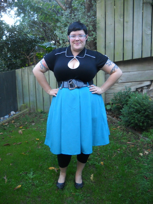 ilikeprettyclothes:  The outfit I wore to go to Spotlight today to pick up fabric for my dressmaking course. I'm pretty sure I've posted a photo of this outfit before, but oh well. top - City Chic, skirt - Dorothy Perkins, leggings and belt - Kmart, shoes - The Warehouse, earrings - The Emerald City
