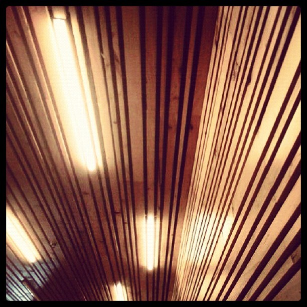 A detail of the ceiling + wall. futurainteriors:  The #Planet | #Cafe #Organic in #sanfrancisco #california #interior #design #interiordesign #architecture #wood #lights #restaurant #food #travel #igers #photooftheday #instagramhub #iphonesia #brannan (Taken with instagram)