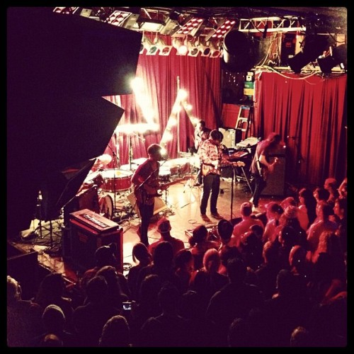 jllena:  #deltaspirit !! (Taken with Instagram at Neumos)