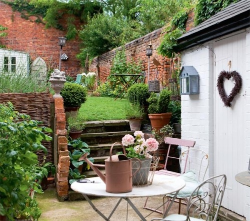 presh cottage garden