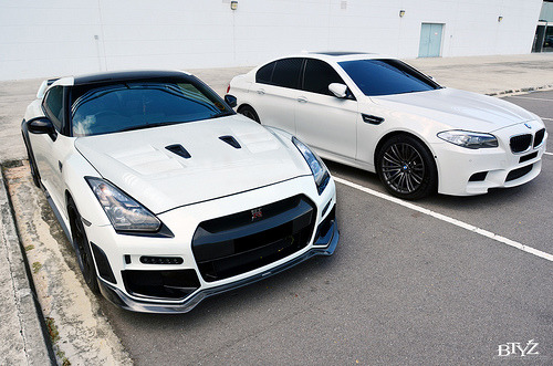 automotivated:  crash—test:  Whitest White (by btyz photos)