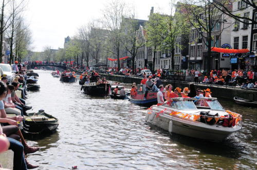 Queen's day in Amsterdam. orange, orange,orange!