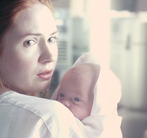 Moms of Who Weekend Amy Pond & Baby Melody Series 6- A Good Man Goes to War Part of a series celebrating Mothers in the Whoniverse. Happy Mother's Day!
