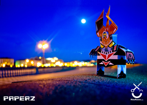 maurusso:  PaperZ #mazinger #mazinga free #papertoy my PaperZ download and fold  The cockpit!