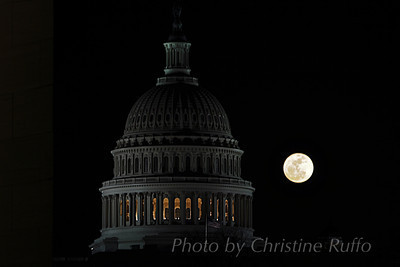 Supermoon behind U.S. Capitol, March 2011. Tonight's supermoon will rise just before 8pm.
