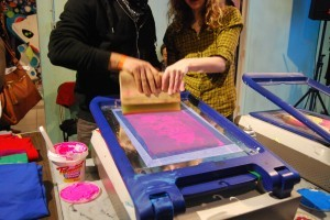 Peep these rad photos by Cara Rifkin taken at our screenprinting social in February! I hope we do another one next year! (via L.A. Zine Fest Screenprinting Social at Home Room)