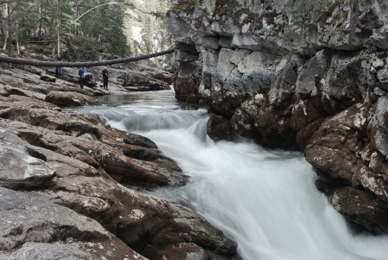 Only a month ago I shot some photos at Maligne Canyon. When I returned all the ice had melted and it was replaced by rushing water.