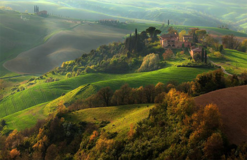 Lucca, Tuscany, Italy. I just want to travel to every beautiful place in the world. I can't imagine leaving any stone unturned by the time I die.