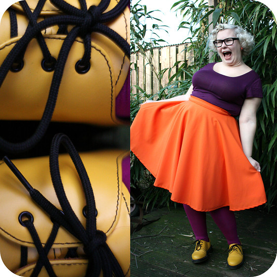 heyfatchick:  lookbookchubspo:  Purply orangey yellow! (by Arlie S)  Love this  THE COLOR COMBO